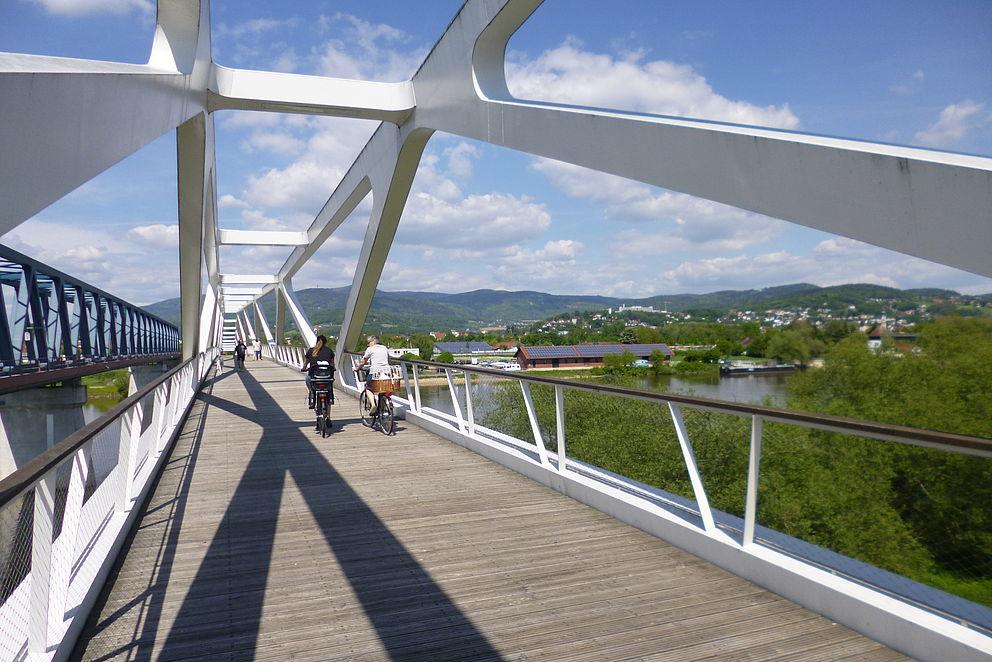 Geh- und Radwegbrücke in Deggendorf
