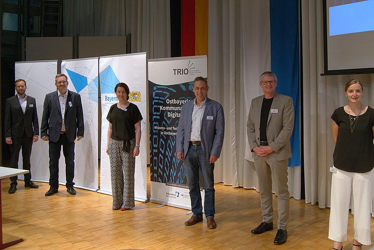 Akteure auf dem Ostbayerischen Kommunal-Forum Digitalisierung in Vilshofen