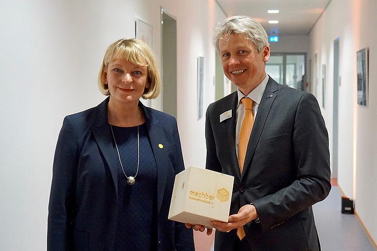 Prof. Dr. Andrea Klug und Prof. Dr. Clemens Bulitta